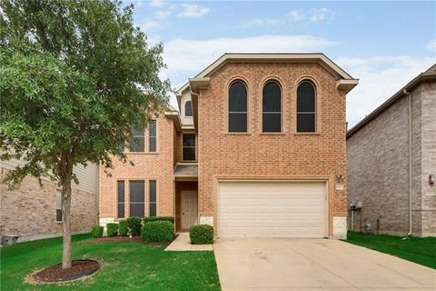 8809 Golden Sunset Trl, Fort Worth, TX 76244