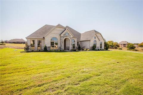 335 Hunter Pass, Waxahachie, TX 75165