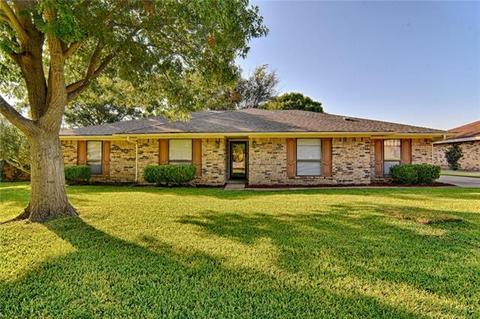 4505 Cinnamon Hill Dr, Fort Worth, TX 76133