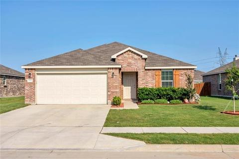 10004 Dolerite Dr, Fort Worth, TX 76131