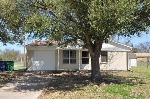 5401 King St, Greenville, TX 75402