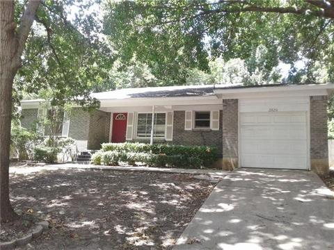 2820 Raton Dr, Fort Worth, TX 76116