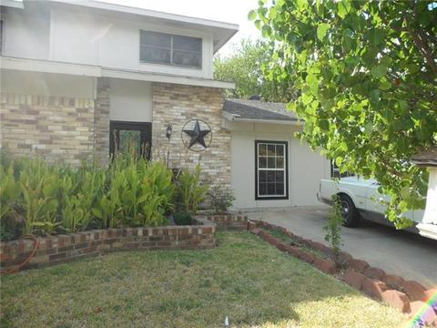 Wondrous 496 Grand Prairie Homes For Sale Grand Prairie Tx Real Complete Home Design Collection Papxelindsey Bellcom