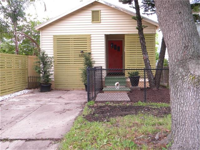 5518 Avenue P 12, Galveston, TX