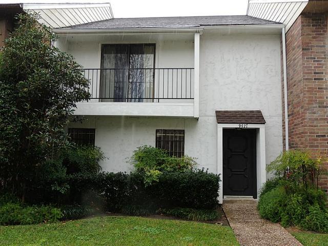 9427 Fondren Rd, Houston TX 77074