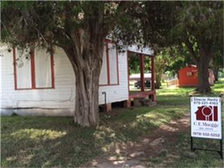 209 E Burleson, Wharton, TX