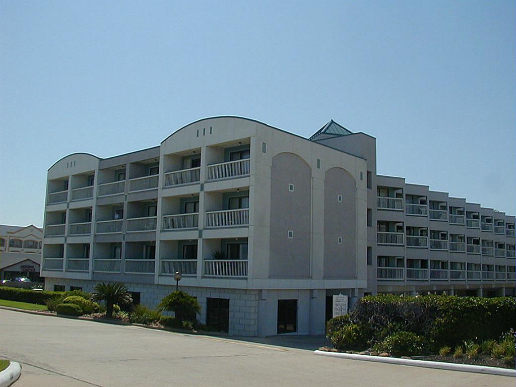 6102 Seawall Blv #APT 355, Galveston, TX