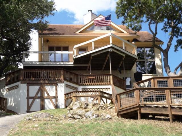 1611 Lakeside Dr Canyon Lake, TX 78133