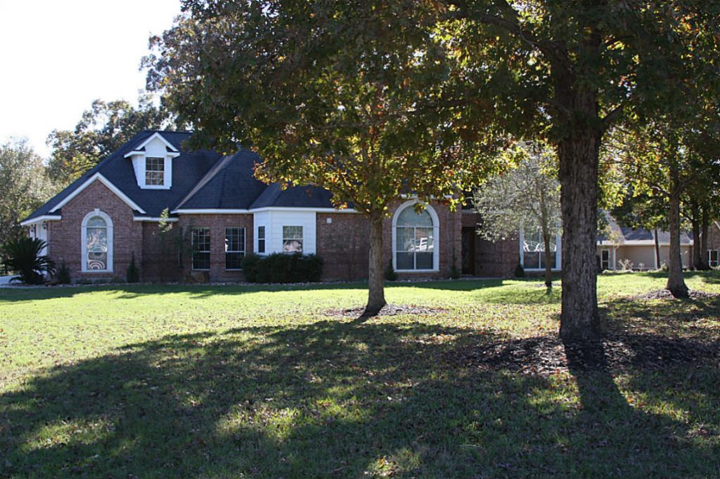 417 Trace Way Dr, Montgomery, TX