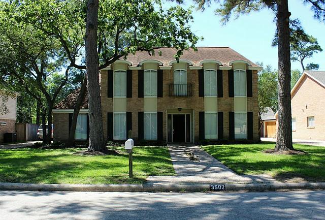 3502 Woodbriar Dr, Houston, TX