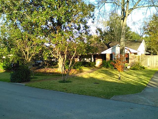 854 Sprucewood Ln, Houston, TX