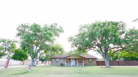 203 N West St Yorktown Tx For Sale Mls 18313694 Movoto