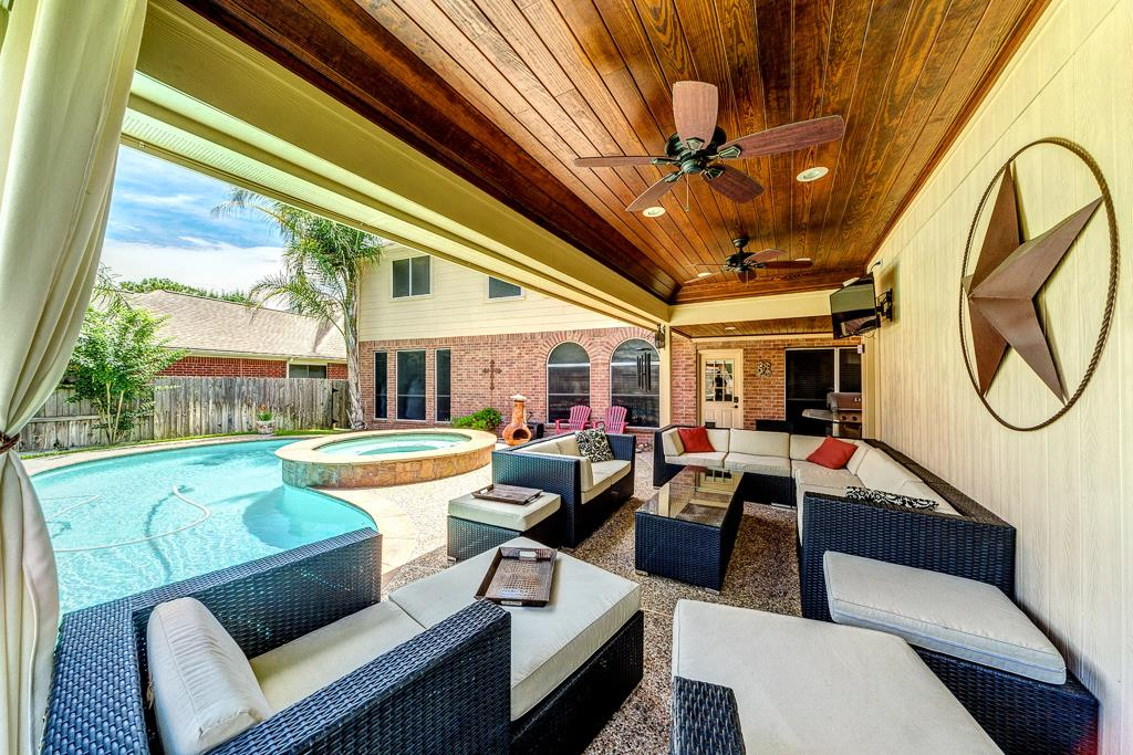 15303 Wisteria Springs Dr, Cypress, TX