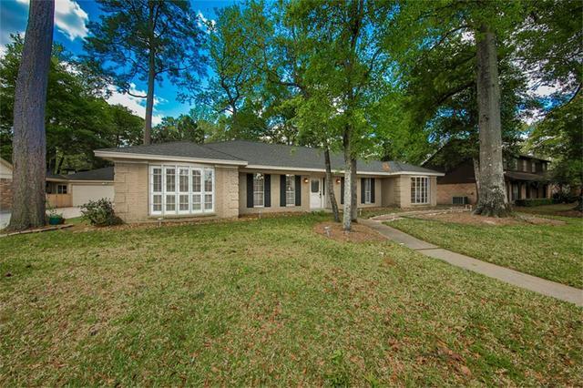 2402 Pine Terrace Dr, Kingwood, TX