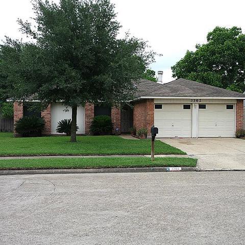 3362 Creek Grove Dr, Houston TX 77066