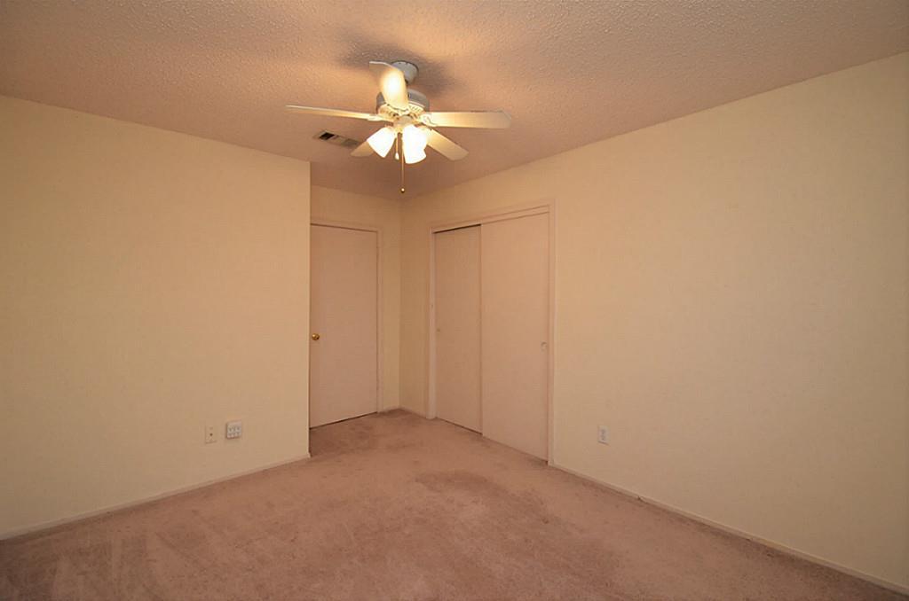 7115 Livery Ln, Cypress, TX