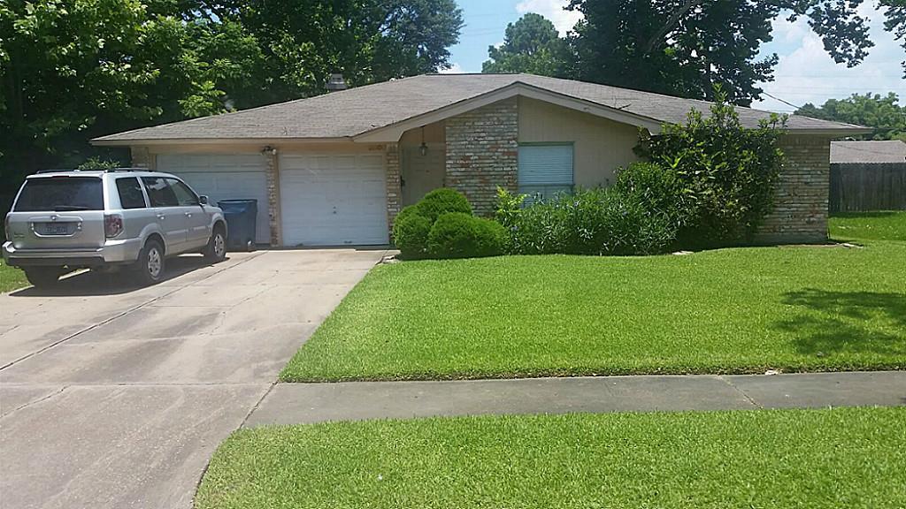 5806 Fontenelle Dr, Houston, TX