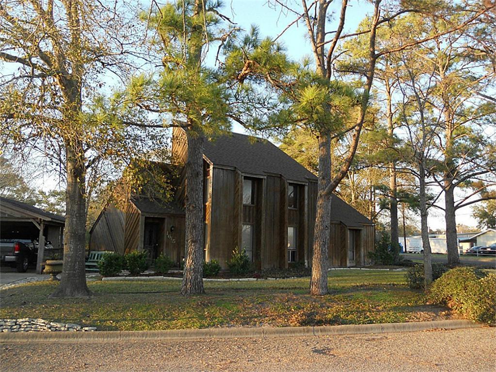 1615 Sangster St, Navasota, TX