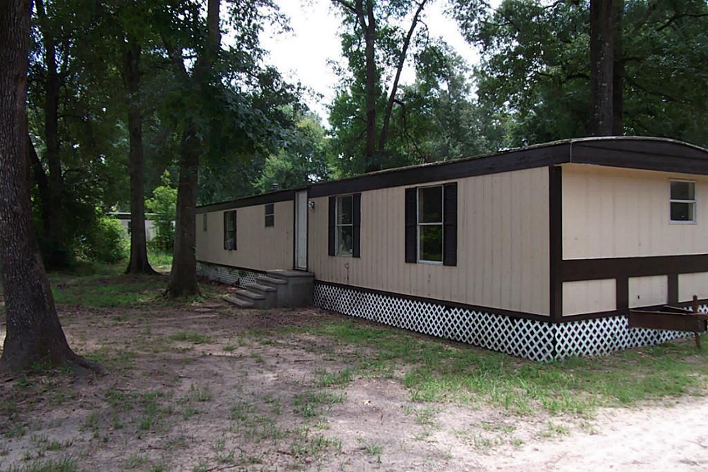 17586 Deer Glen West Dr, Conroe, TX