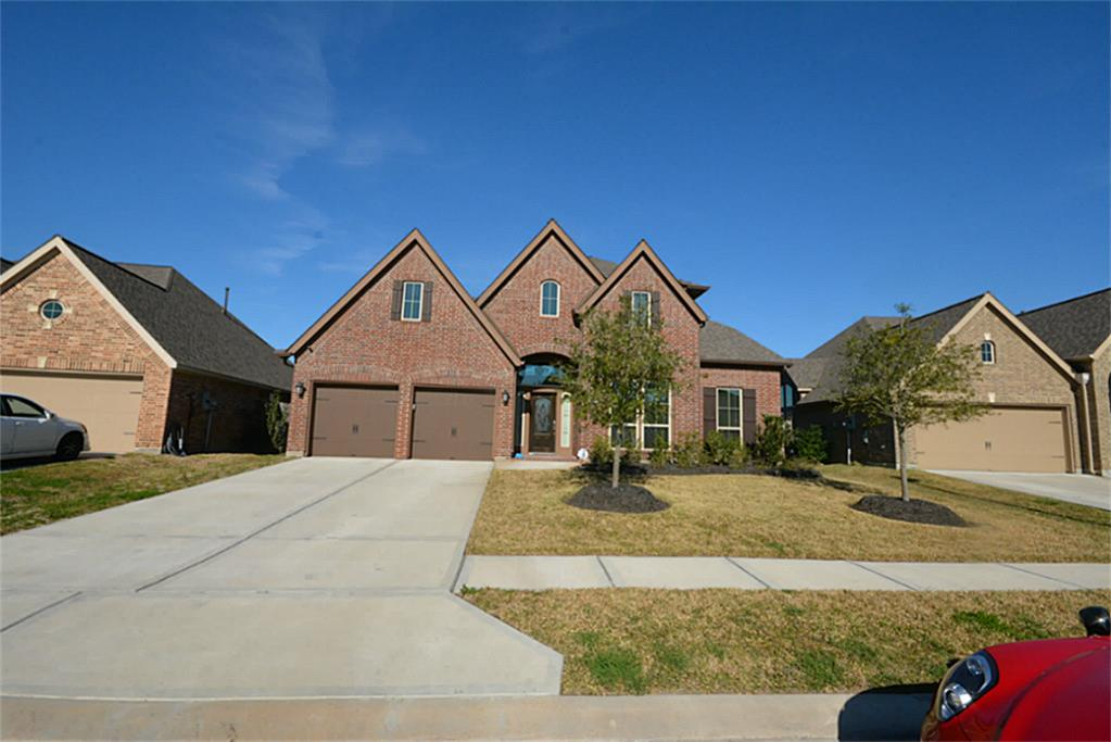 13903 Lost Creek Dr, Pearland, TX