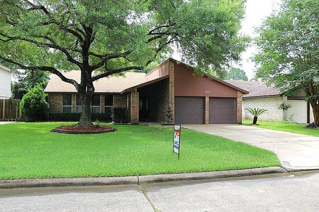 17322 Shrub Oak Dr, Humble, TX