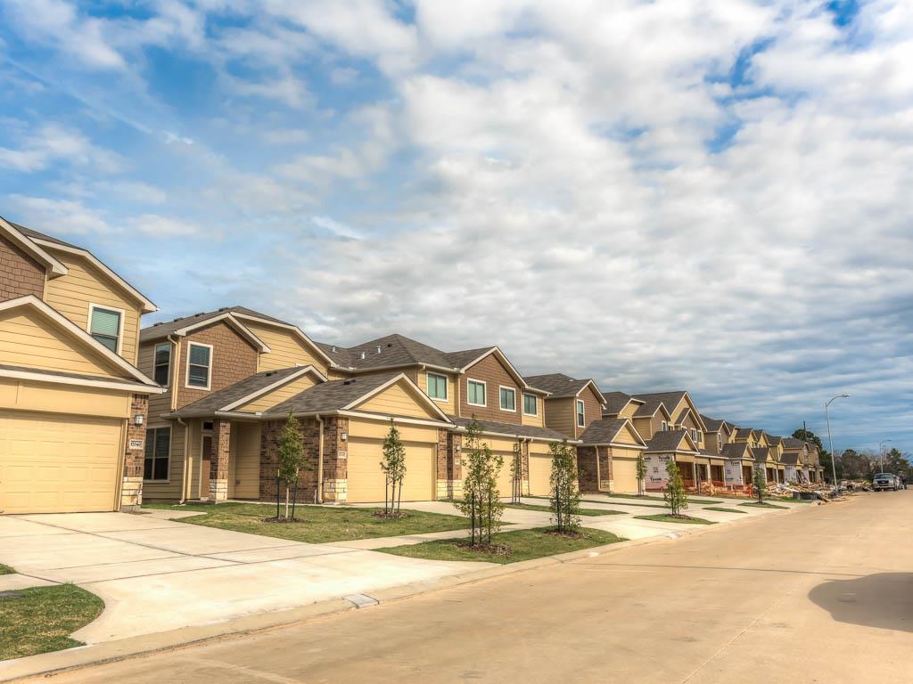 17016 Wilthorne Gdns, Houston, TX