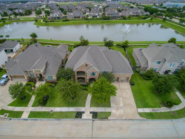 Loans near  Emerald Shore Ct, Houston TX