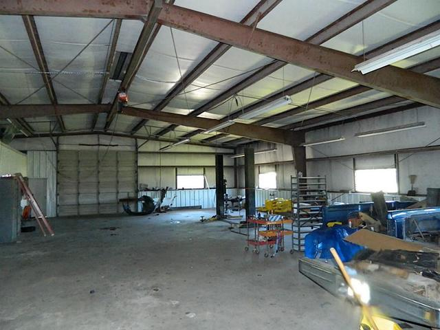 21316 Loop 494, New Caney, TX
