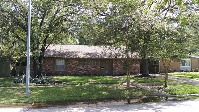 6119 Ariel St Houston, TX 77074