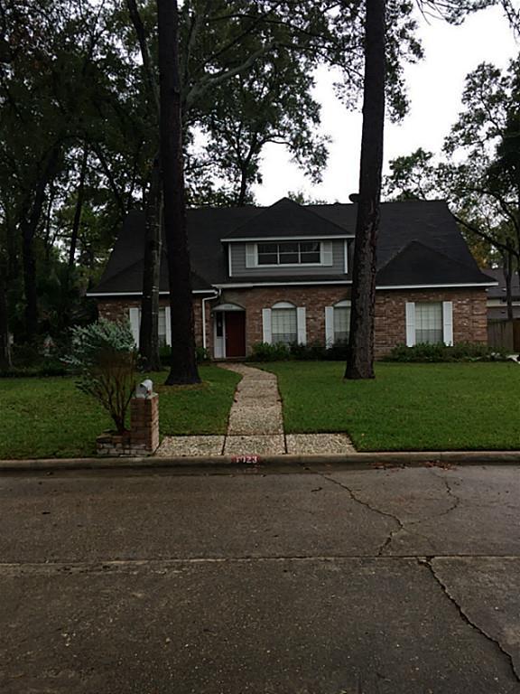 1023 Misty Lea Ln, Houston, TX