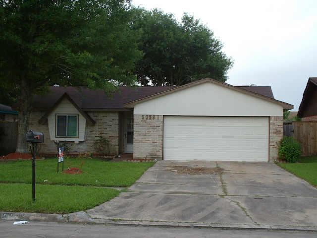 5038 Porter Ridge Dr, Houston, TX