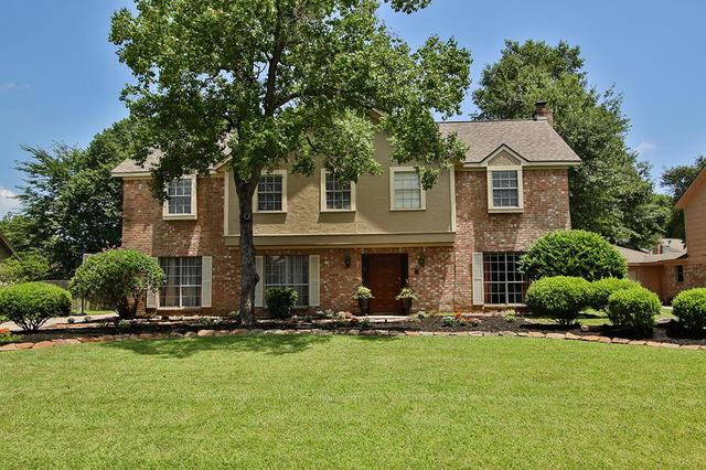 7707 Hurst Forest Dr, Humble, TX