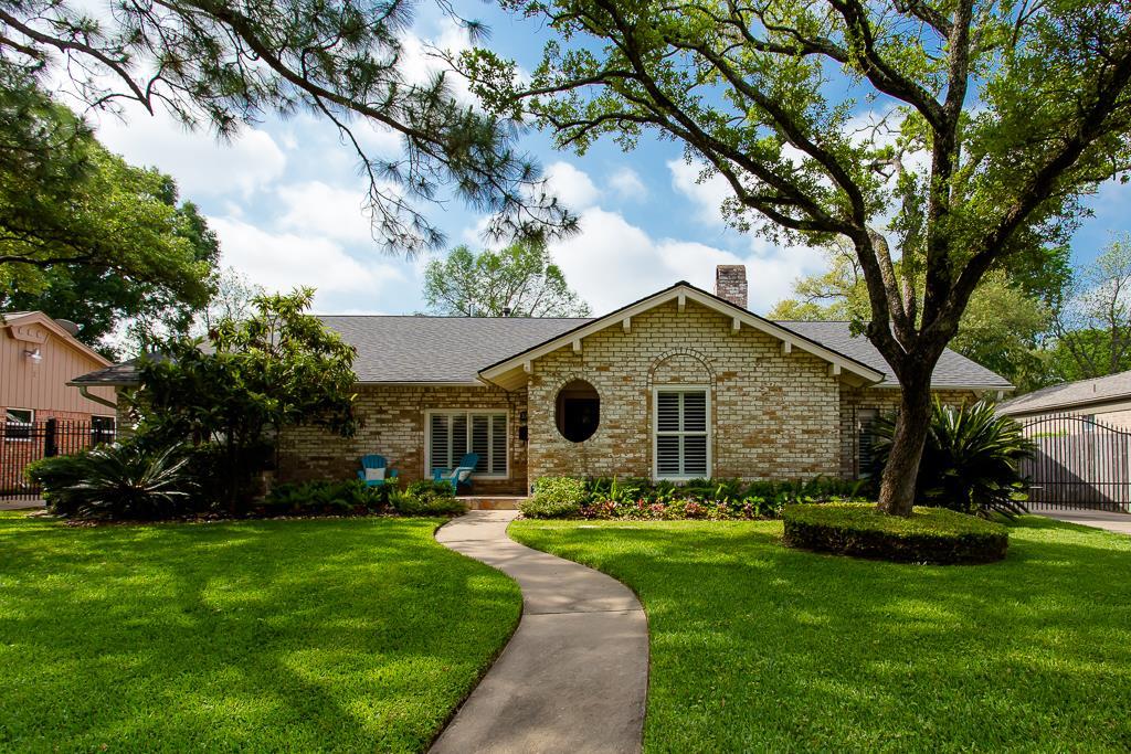10623 Lynbrook Dr, Houston, TX