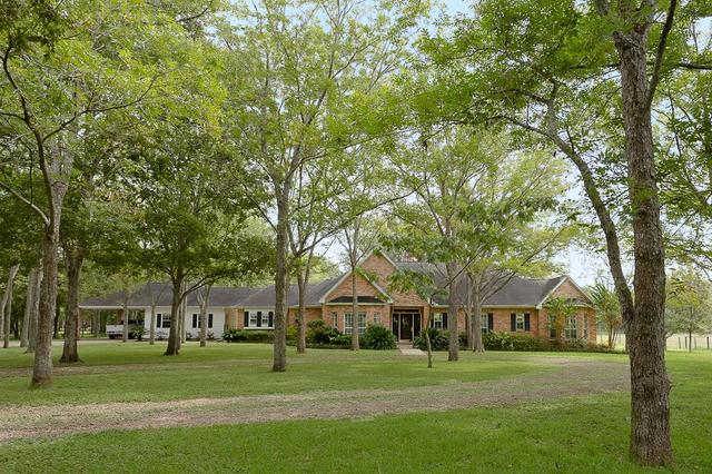 6910 Bois Darc Ln, Richmond, TX