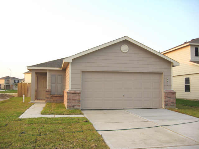 19022 Feather Lance, Cypress TX 77433