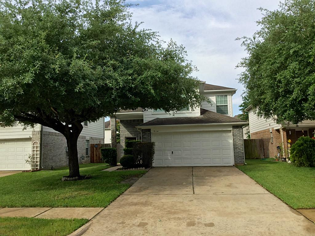 1114 Willow West Dr, Houston, TX