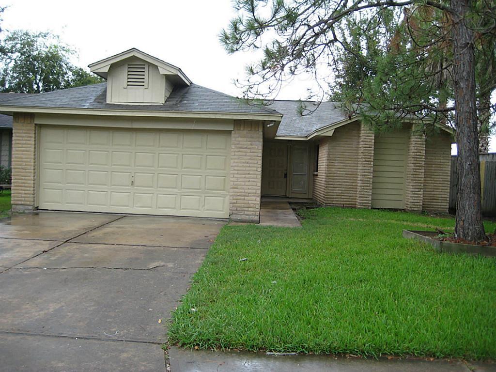 15507 Riverside Grove Dr, Houston, TX