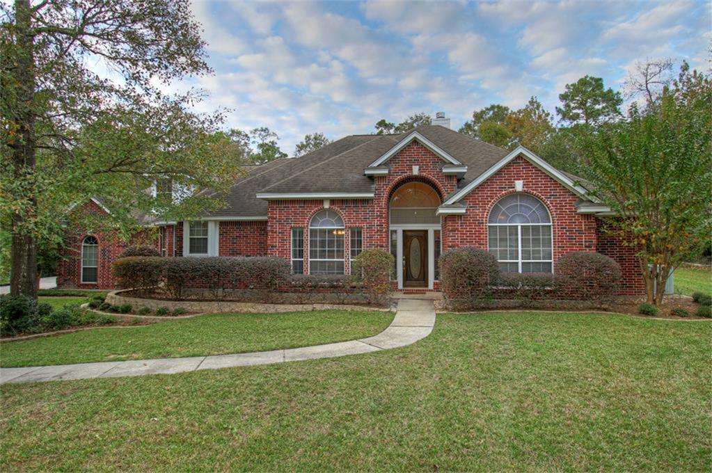 8935 Forest Lake Dr, Montgomery, TX