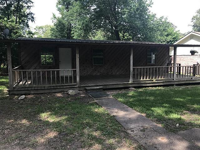 299 Pine Harbor DrOnalaska, TX 77360