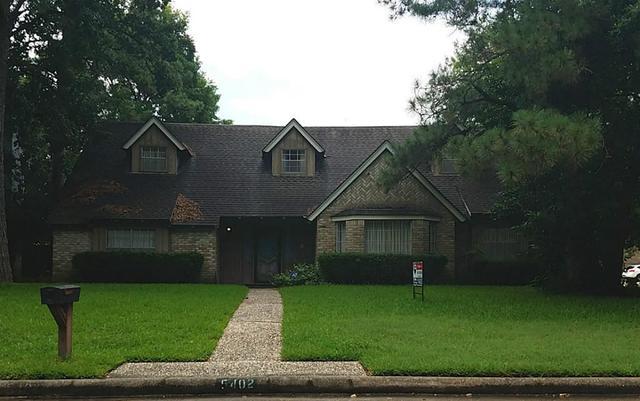 5402 Old Lodge Dr Houston, TX 77066