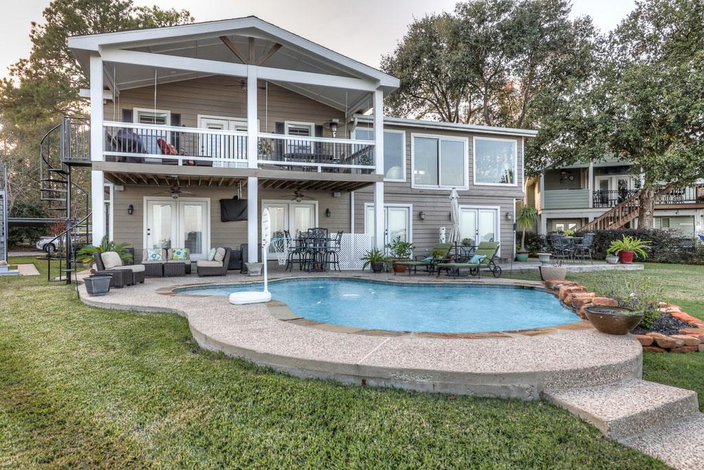 30 Lakeview Vlg, Montgomery, TX