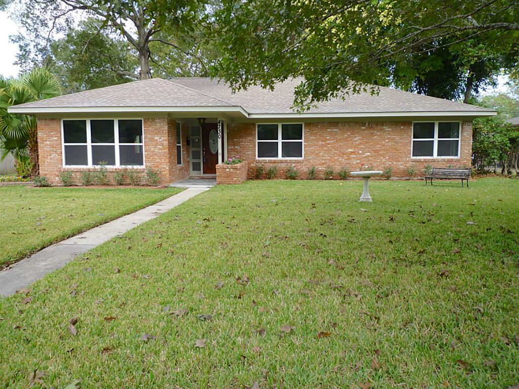 4730 Briarbend Dr, Houston, TX