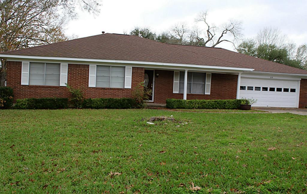 219 N Post Oak, Navasota, TX
