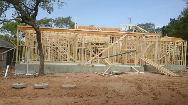 71 Fairway Dr Canyon Lake, TX 78133