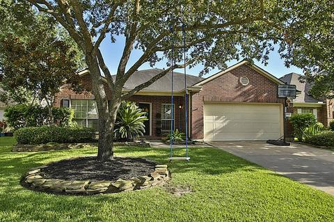 17542 Forest Vine Ct, Tomball, TX 77377