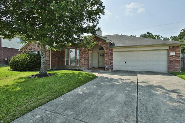 11330 N Country Club Green Dr, Tomball TX 77375