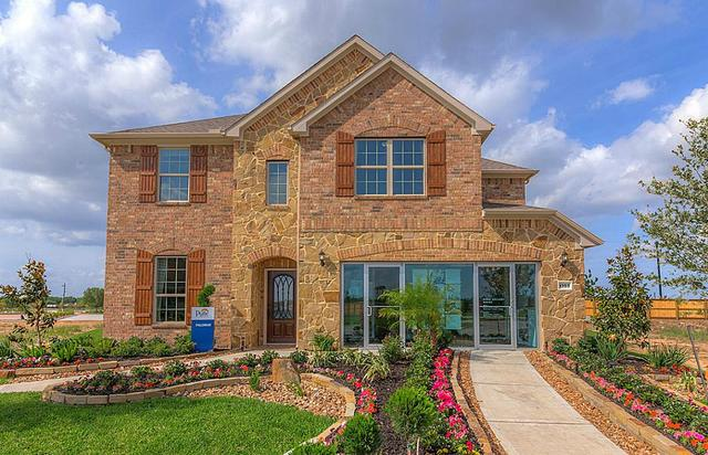 1303 Ownby Ct, Pearland, TX