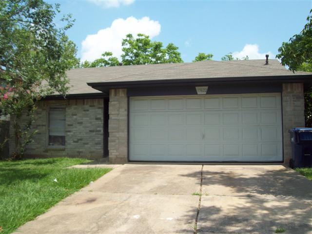 15622 Wildwood Lake Dr, Houston, TX