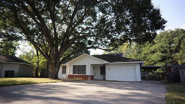 3 Killarney Ct Houston, TX 77074