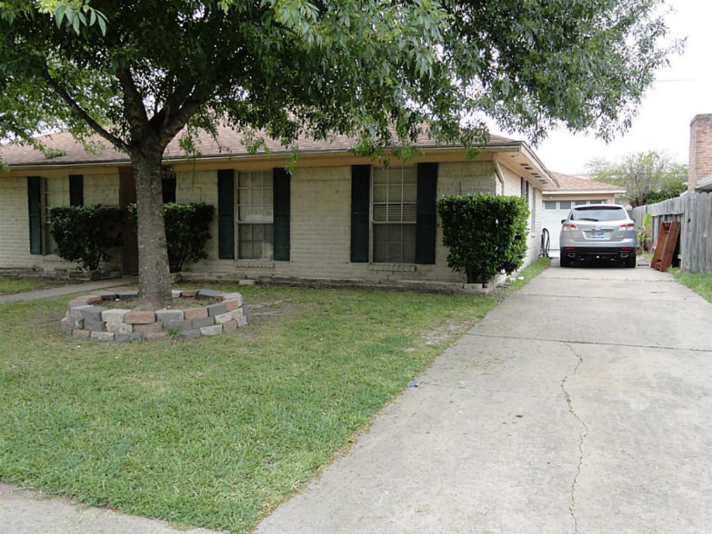 12322 SE South Dr, Houston TX 77099